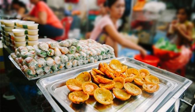Top những con hẻm ăn vặt đình đám nhất chưa đến chưa phải người Sài Gòn