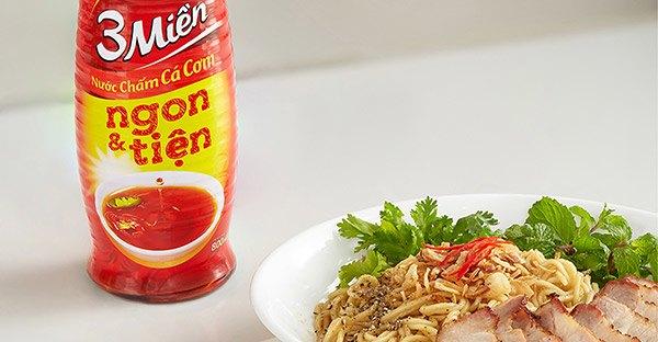 Công thức thịt xíu mắm trộn mì vàng mềm thơm, đậm vị từ Chef Tuyết Phạm