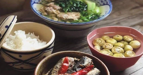 2 thói quen khi ăn cà muối rất nguy hiểm, các gia đình Việt cần từ bỏ ngay vì có thể gây ngộ độc thực phẩm