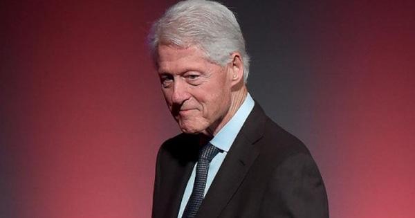 Cựu Tổng thống Mỹ Bill Clinton phải điều trị tại phòng chăm sóc đặc biệt