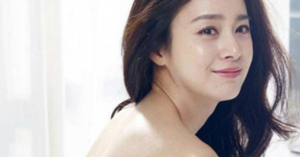 Cách để Kim Tae Hee U40 vẫn giữ nét thanh xuân