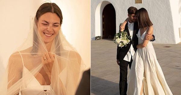 """""""Cô dâu"""" cuối cùng của Karl Lagerfeld gây bất ngờ khi diện váy cưới giản dị, gần như để mặt mộc trong hôn lễ"""