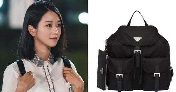 """Điên Thì Có Sao: Seo Ye Ji bị chê """"làm lố"""" khi vào vai nữ sinh mà diện balo hơn 30 triệu"""